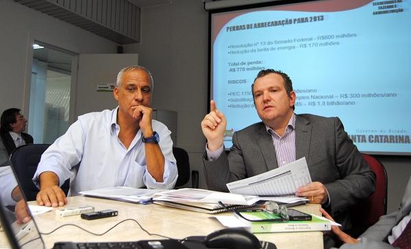 Sec Antônio Gavazzoni e Derli- foto Jaqueline Nocet  Secom Divulgação Sindiauditoira