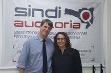 A atual presidente, Tatiana Bozza, e o presidente eleito, Clóvis Renato Squio