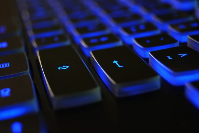 black-blue-computer-keyboard-1194713